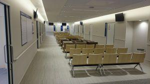 ▲診察室前の待合席