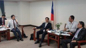 ▲台南市政府との意見交換会の様子