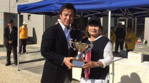 ▲優勝者の加納郁子と
