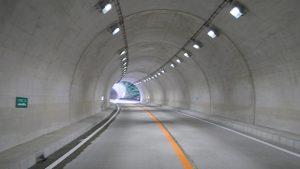 ▲第2工区の岩瀬第3トンネル内